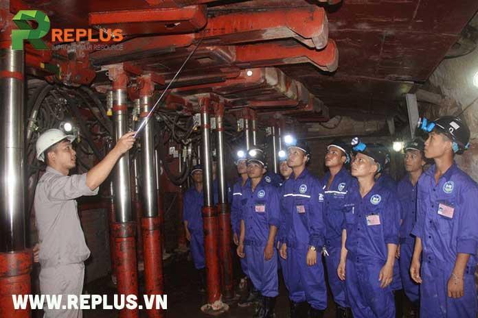 ngành nghề khai thác hầm mỏ