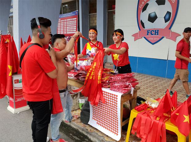 Kinh doanh cờ Việt Nam